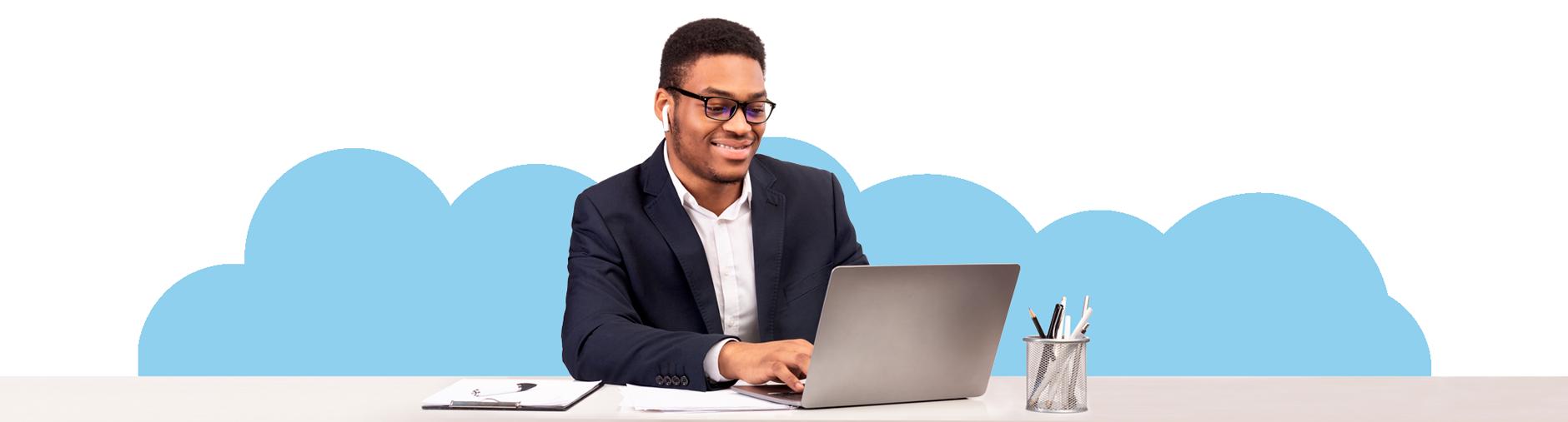 un empresario usando brainbooks
